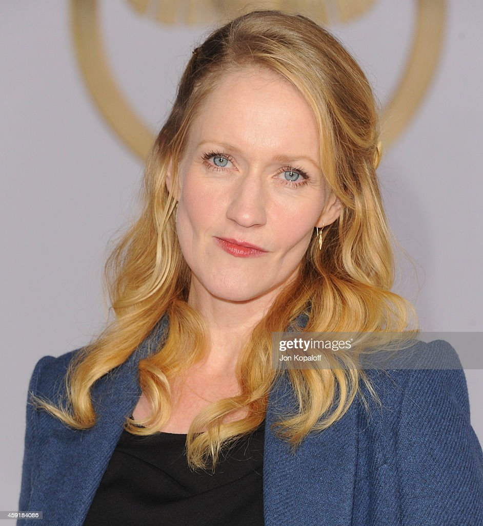 Actress Paula Malcomson arrives at the Los Angele Premiere ...