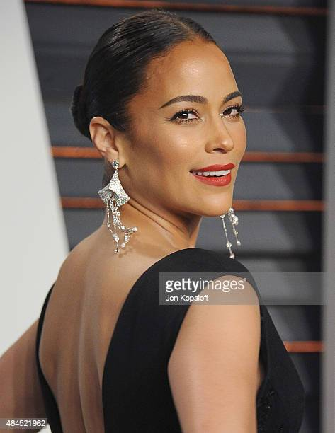 Actress Paula Patton arrives at the 2015 Vanity Fair Oscar Party Hosted By Graydon Carter at Wallis Annenberg Center for the Performing Arts on...