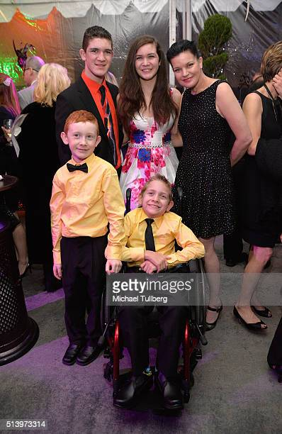 Actress Pauley Perrette honorees Hunter Gandee and Braden Gandee and family attend Shane's Inspiration's 15th Annual Gala at The Globe Theatre on...