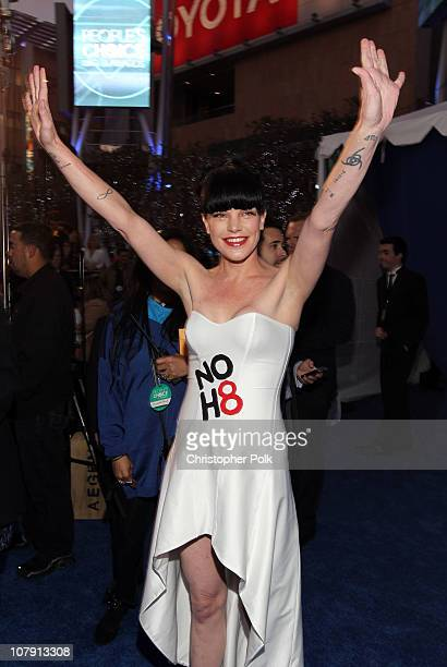 Actress Paulie Perrette attends the 2011 People's Choice Awards at Nokia Theatre LA Live on January 5 2011 in Los Angeles California
