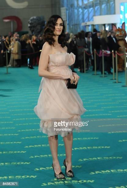 Actress Paz Vega arrives at the Goya Cinema Awards ceremony at the Palacio Municipal de Congresos on February 1 2009 in Madrid Spain