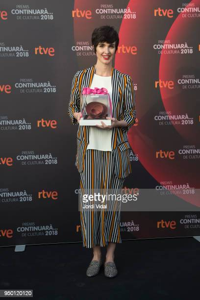 Actress Paz Vega receives her award during Premios continuara event at Hotel Casa Fuster on April 22 2018 in Barcelona Spain
