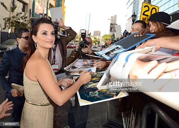 """Actress Penelope Cruz arrives at Film Independent's 2012 Los Angeles Film Festival Premiere of Sony Pictures Classics' """"To Rome With Love"""" at Regal..."""