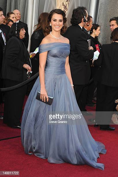 Actress Penelope Cruz arrives at the 84th Annual Academy Awards held at the Hollywood & Highland Center on February 26, 2012 in Hollywood, California.