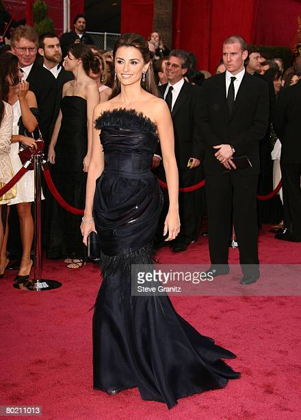 Actress Penelope Cruz attends the 80th Annual Academy Awards at the Kodak Theatre on February 24, 2008 in Los Angeles, California.