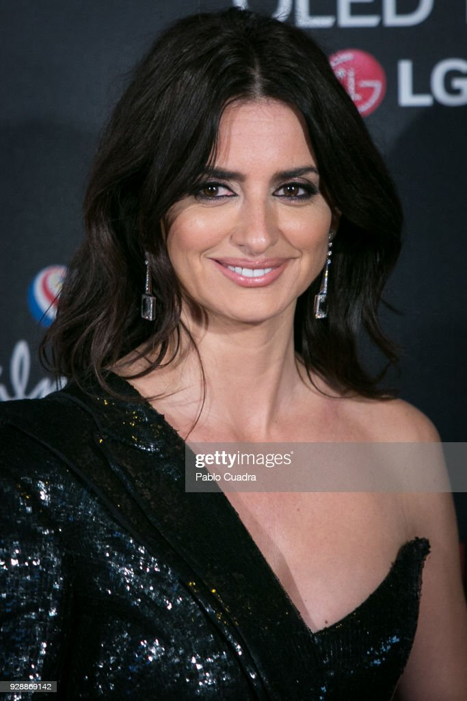 Actress Penelope Cruz attends the 'Loving Pablo' premiere at Callao Cinema on March 7, 2018 in Madrid, Spain.