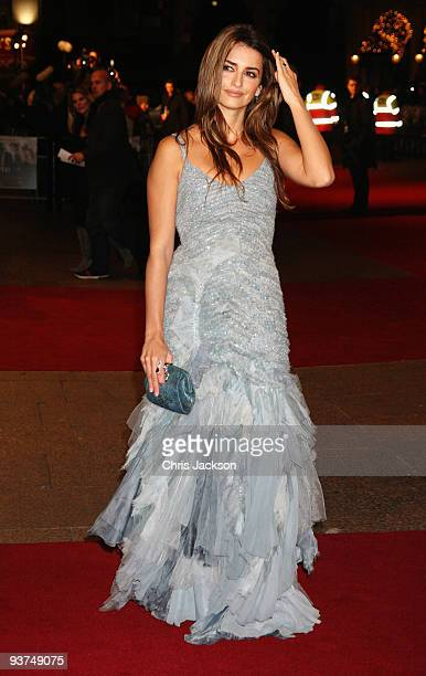 Actress Penelope Cruz attends the World Premiere of 'Nine' at Odeon Leicester Square on December 3, 2009 in London, England.