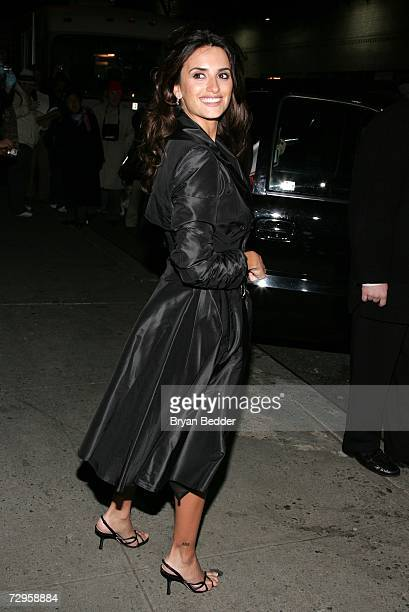 Actress Penelope Cruz leaves the Ed Sullivan Theater for a taping of the Late Show with David Letterman January 9, 2007 in New York City.