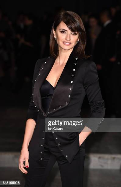 Actress Penelope Cruz wearing Burberry attends the Burberry February 2017 Show during London Fashion Week February 2017 at Makers House on February...