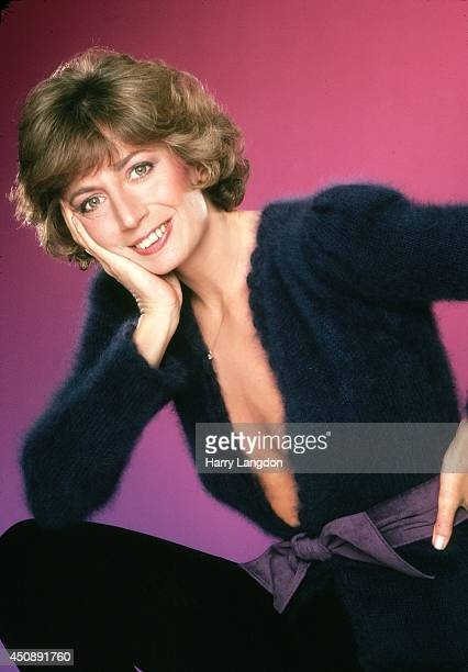 Actress Penny Marshall poses for a portrait in 1979 in Los Angeles California