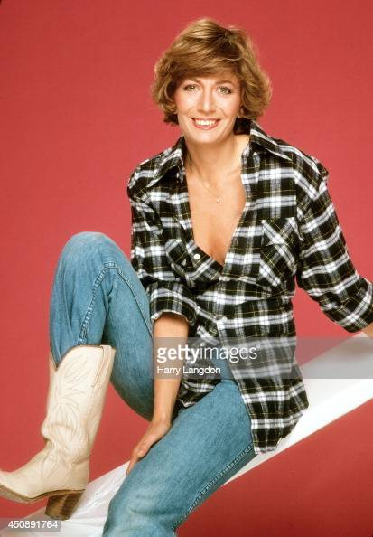 Actress Penny Marshall poses for a portrait in 1979 in Los Angeles