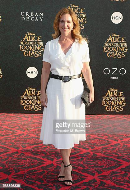 Actress Peri Gilpin attends the premiere of Disney's Alice Through The Looking Glass at the El Capitan Theatre on May 23 2016 in Hollywood California