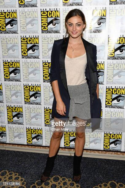 Actress Phoebe Tonkin attends The Originals press line during ComicCon International 2013 at the Hilton San Diego Bayfront Hotel on July 20 2013 in...