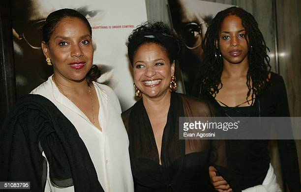Actress Phylicia Rashad choreographer Debbie Allen and her daughter Vivian arrive at the world premiere for The Manchurian Candidate on July 19 2004...