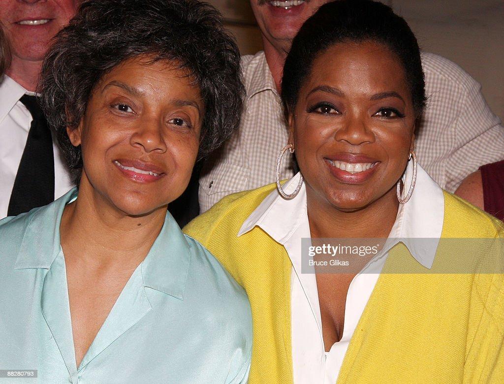 Celebrities Visit Broadway - June 6, 2009
