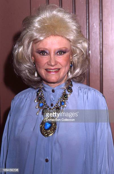 Actress Phyllis Diller poses for a portrait in circa 1985 in Los Angeles California