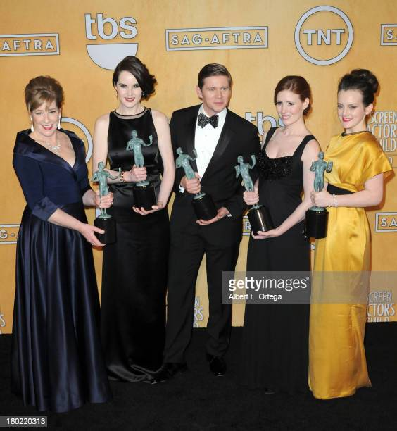 Actress Phyllis Logan actress Michelle Dockery actor Allen Leech actress Amy Nutall and actress Sophie McSheara pose in the press room at the 19th...