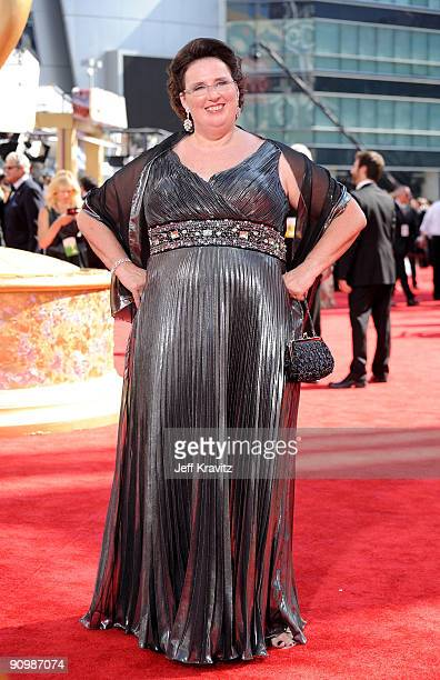 Actress Phyllis Smith arrives at the 61st Primetime Emmy Awards held at the Nokia Theatre on September 20, 2009 in Los Angeles, California.