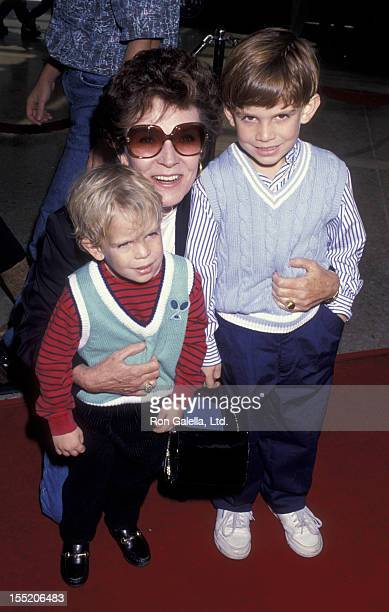 Actress Polly Bergen attends the premiere of 'Home Alone 2 Lost In New York' on November 15 1992 at the United Artists Cinema in Century City...