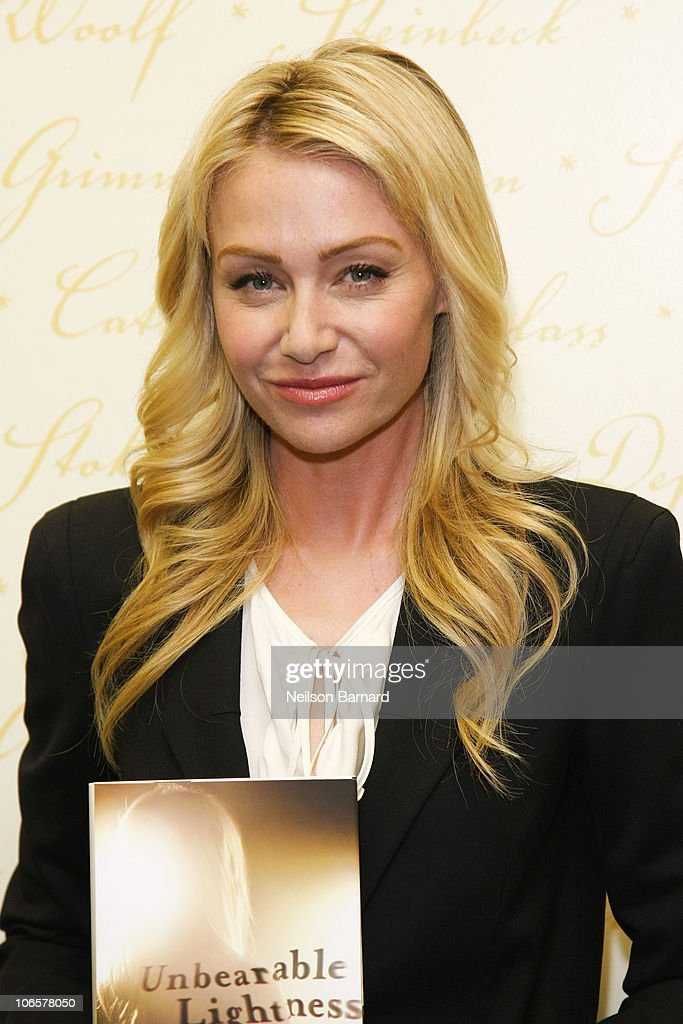 Actress Portia De Rossi Signs Copies Of Her Book U0027Unbearable Lightnessu0027 At  Barnes U0026 Photo Gallery