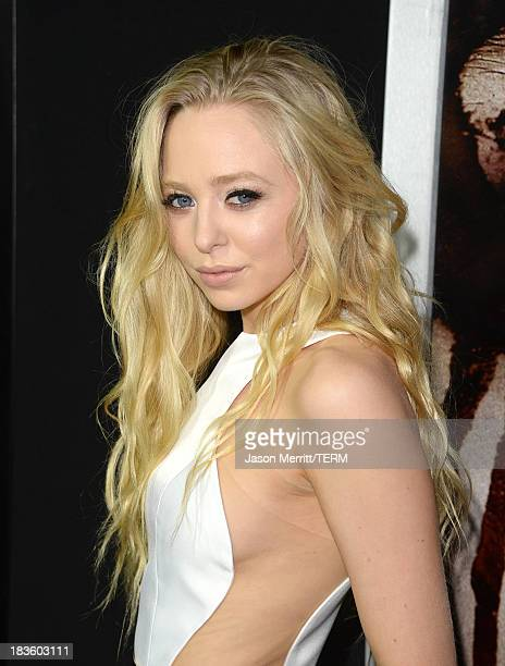 Actress Portia Doubleday arrives at the premiere of MetroGoldwynMayer Pictures Screen Gems' Carrie at ArcLight Cinemas on October 7 2013 in Hollywood...