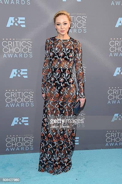 Actress Portia Doubleday attends the 21st Annual Critics' Choice Awards at Barker Hangar on January 17 2016 in Santa Monica California
