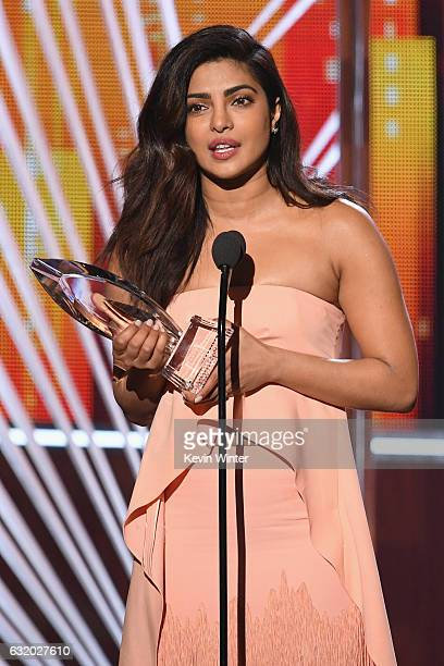 Actress Priyanka Chopra accepts Favorite Dramatic TV Actress for 'Quantico' onstage during the People's Choice Awards 2017 at Microsoft Theater on...