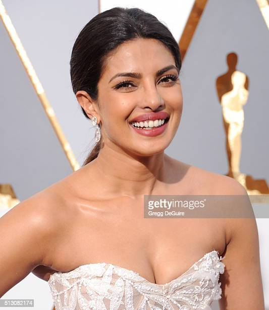 Actress Priyanka Chopra arrives at the 88th Annual Academy Awards at Hollywood Highland Center on February 28 2016 in Hollywood California