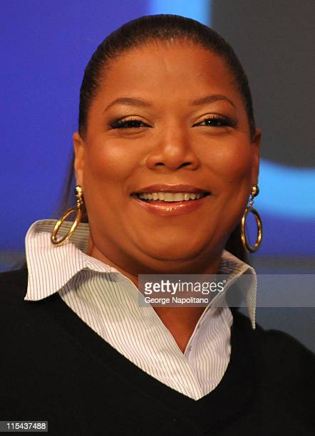 Actress Queen Latifah rings the opening bell at the NASDAQ Times Square on January 16 2007 in New York City