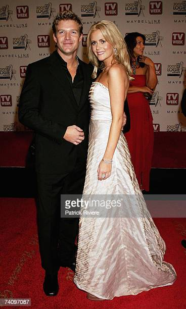 Actress Rachael Carpini arrives with her husband at the 2007 TV Week Logie Awards at the Crown Casino on May 6 2007 in Melbourne Australia The annual...