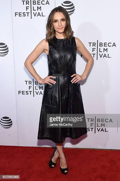 Actress Rachael Leigh Cook attends the Elvis Nixon Premiere during the 2016 Tribeca Film Festival at BMCC John Zuccotti Theater on April 18 2016 in...