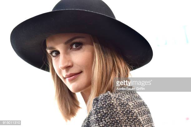 Actress Rachael Leigh Cook attends the Los Angeles Premiere of 'Peter Rabbit' at The Grove on February 3 2018 in Los Angeles California