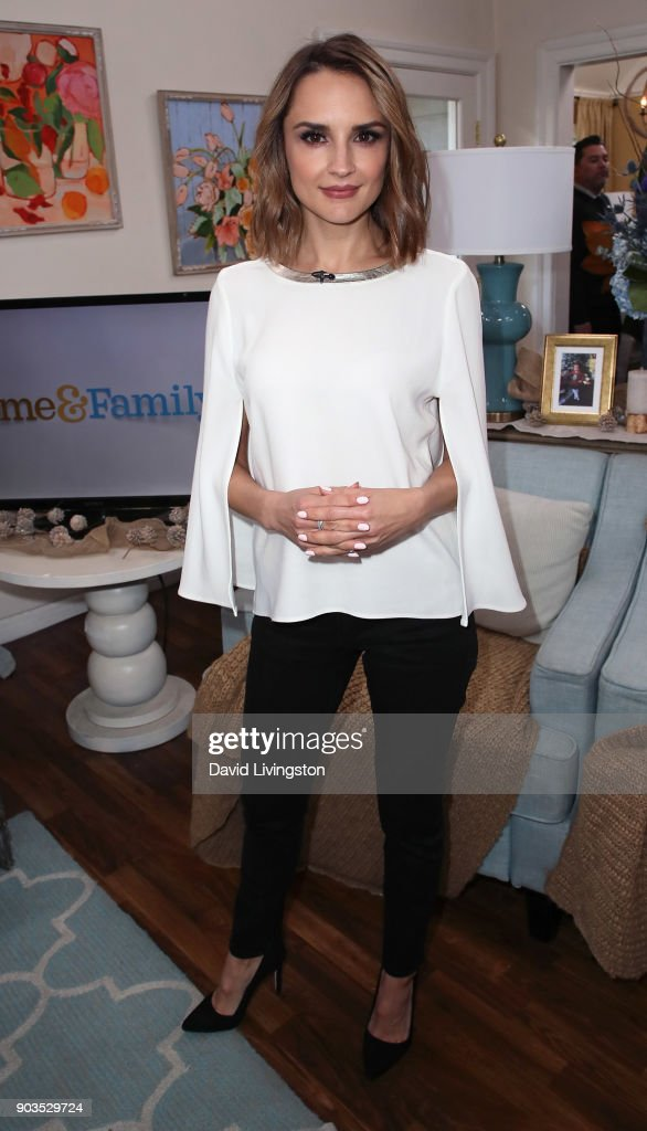 Actress Rachael Leigh Cook visits Hallmark's 'Home & Family' at Universal Studios Hollywood on January 10, 2018 in Universal City, California.