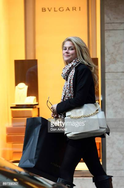 Actress Rachael Taylor visits luxury jewellers Bulgari at Castlereagh Street on August 11 2009 in Sydney Australia Taylor is a supporter of the...