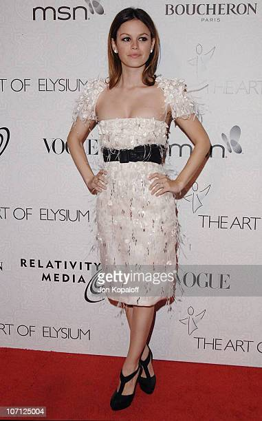 Actress Rachel Bilson arrives at The Art of Elysium's 3rd Annual BlackTie Charity Gala Heaven at 9900 Wilshire Blvd on January 16 2010 in Beverly...