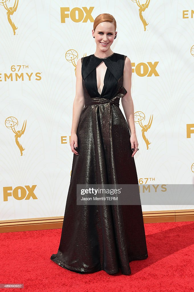Actress Rachel Brosnahan attends the 67th Annual Primetime Emmy Awards at Microsoft Theater on September 20, 2015 in Los Angeles, California.