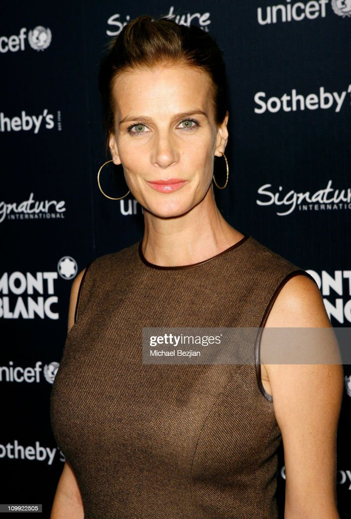 Actress Rachel Griffith arrives at the Charity Auction Gala to benefit UNICEF hosted by Montblanc at the Beverly Wilshire Four Seasons Hotel on September 17, 2009 in Beverly Hills, California.
