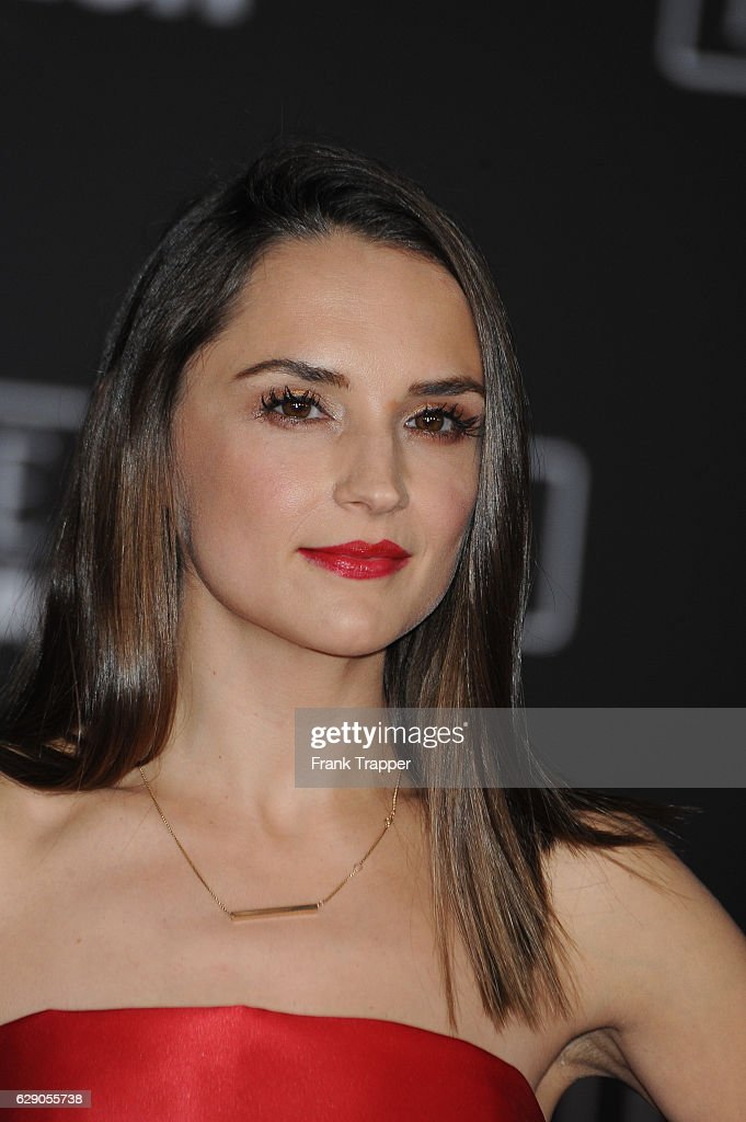 Actress Rachel Lee Cook attends the premiere of Walt Disney Pictures and Lucasfilm's 'Rogue One: A Star Wars Story' at the Pantages Theatre on December 10, 2016 in Hollywood, California.