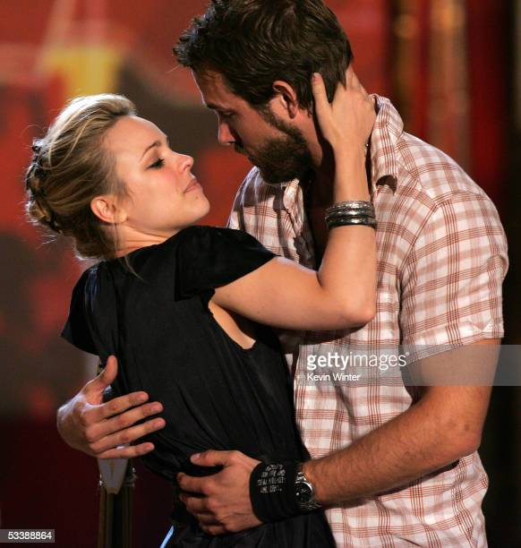 Actress Rachel McAdams and actor Ryan Reynolds kiss onstage at the 2005 Teen Choice Awards held at Gibson Amphitheatre at Universal CityWalk on...