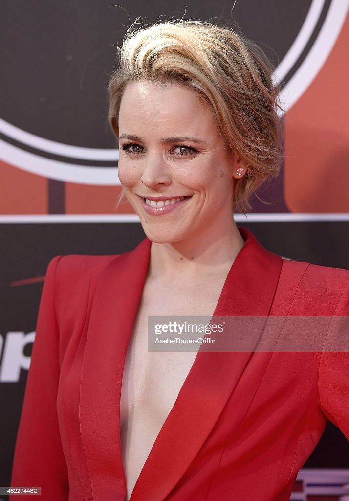 Actress Rachel McAdams arrives at The 2015 ESPYS at Microsoft Theater on July 15, 2015 in Los Angeles, California.