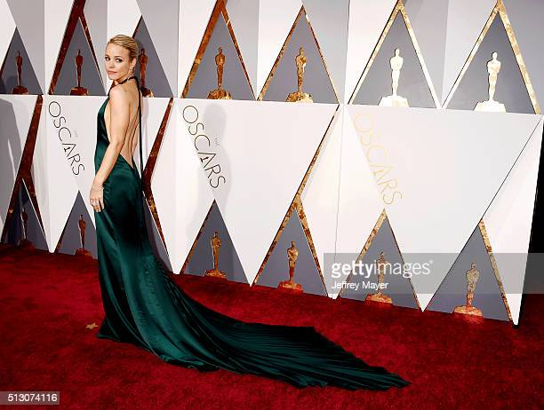 Actress Rachel McAdams arrives at the 88th Annual Academy Awards at Hollywood & Highland Center on February 28, 2016 in Hollywood, California.