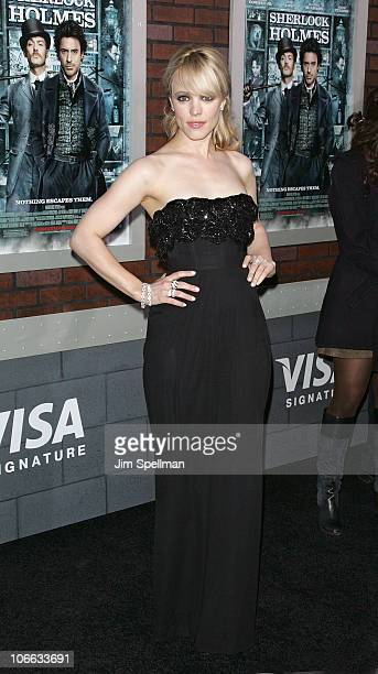 "Actress Rachel McAdams attends the New York premiere of ""Sherlock Holmes"" at the Alice Tully Hall, Lincoln Center on December 17, 2009 in New York..."
