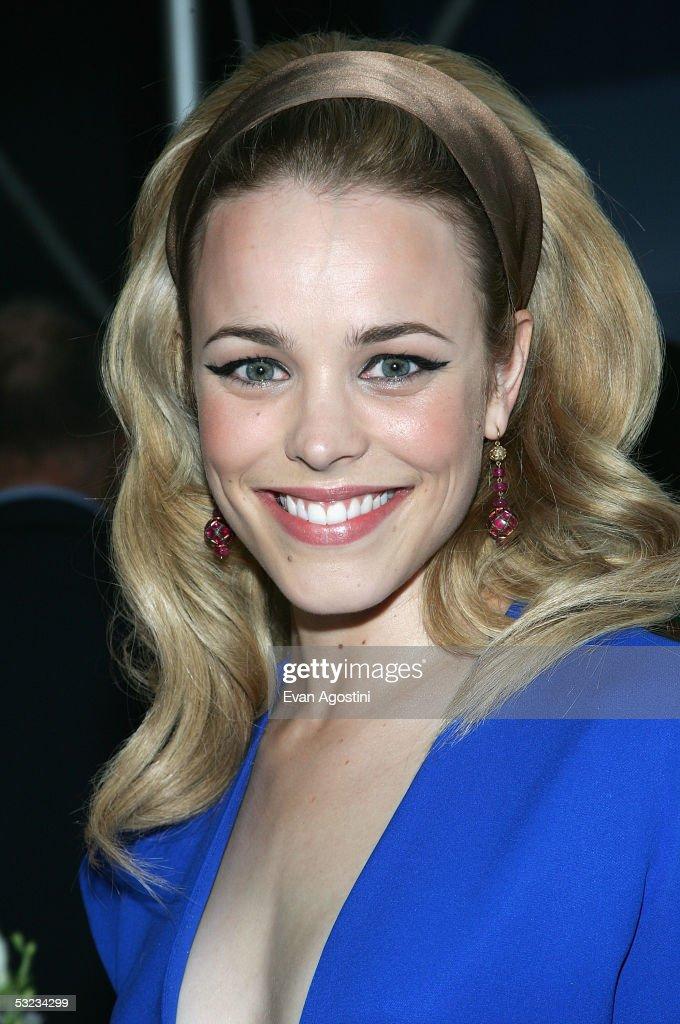 Actress Rachel Mcadams Attends The Premiere Of Wedding Crashers At Ziegfeld Theatre July