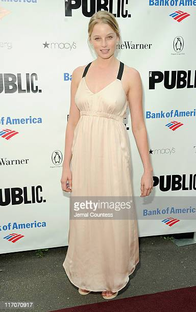 Actress Rachel Nichols attends the 2011 Shakespeare In The Park Gala at the Delacorte Theater on June 20 2011 in New York City