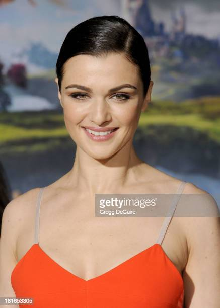 Actress Rachel Weisz arrives at the Los Angeles premiere of 'Oz The Great and Powerful' at the El Capitan Theatre on February 13 2013 in Hollywood...