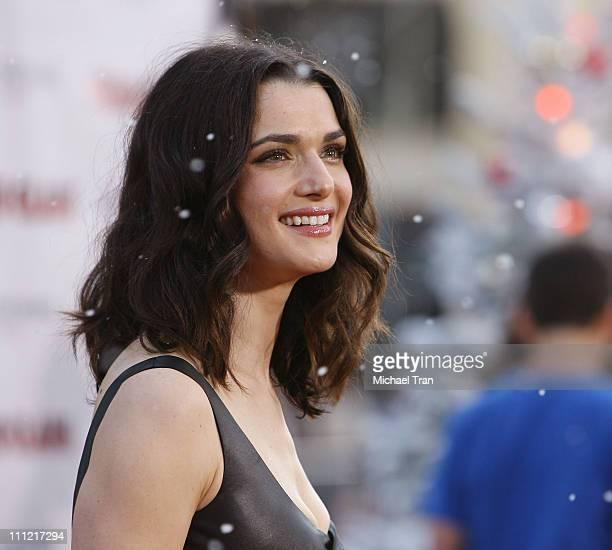 Actress Rachel Weisz arrives at the premiere of Warner Bros' 'Fred Claus' at Grauman's Chinese Theater on November 3 2007 in Hollywood California