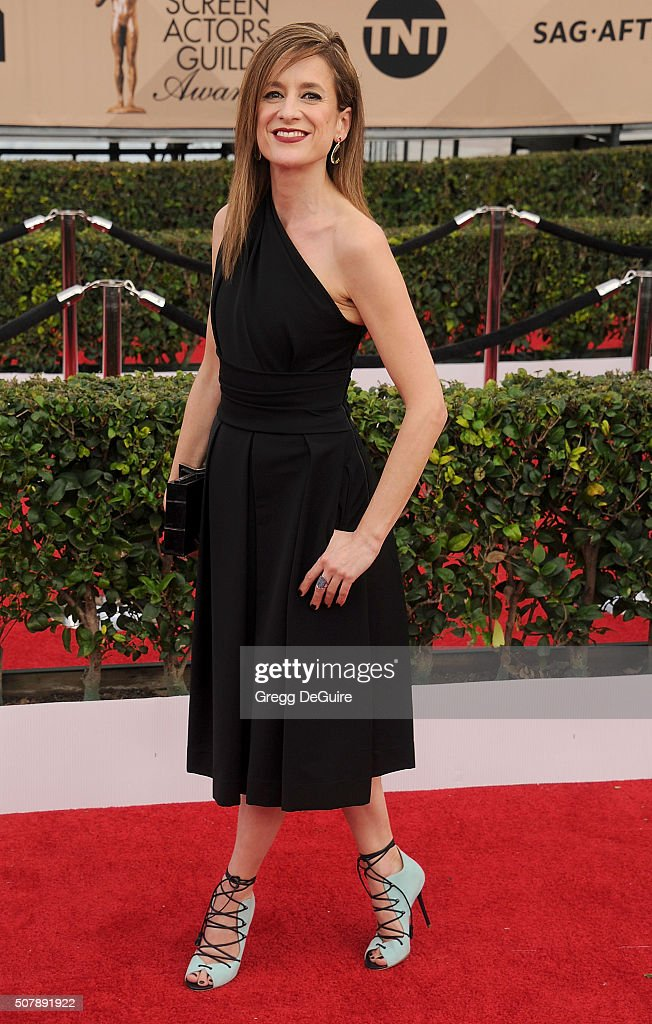 Actress Raquel Cassidy arrives at the 22nd Annual Screen Actors Guild Awards at The Shrine Auditorium on January 30, 2016 in Los Angeles, California.