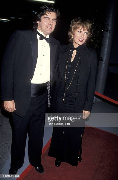 Actress Raquel Welch and son Damon Welch attend the Hollywood Entertainment Museum's Hollywood Legacy Awards on November 12 1994 at the Hollywood...