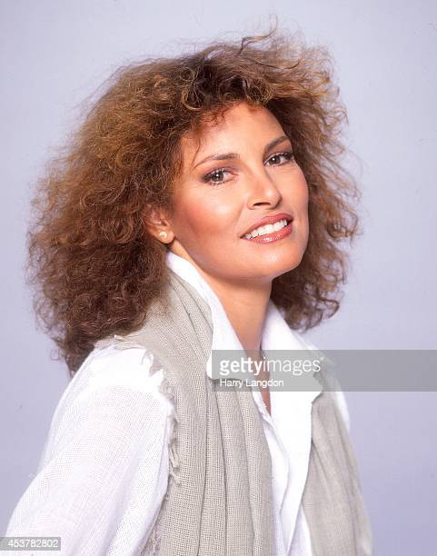 Actress Raquel Welch poses for a portrait in 1978 in Los Angeles California