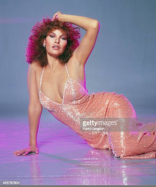 Actress Raquel Welch poses for a portrait in 1979 in Los Angeles California